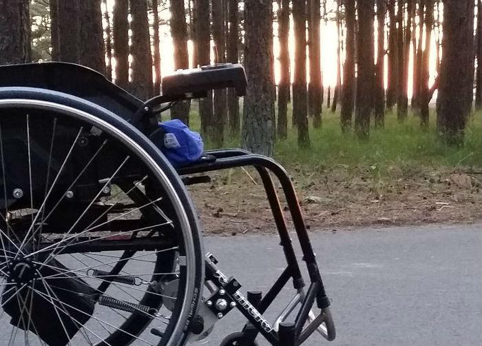 Immagine di una carrozzina elettrica identificativa del pulsante batterie carrozzine per disabili
